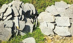 Batu Curie, Tiffa dan Monsterstone
