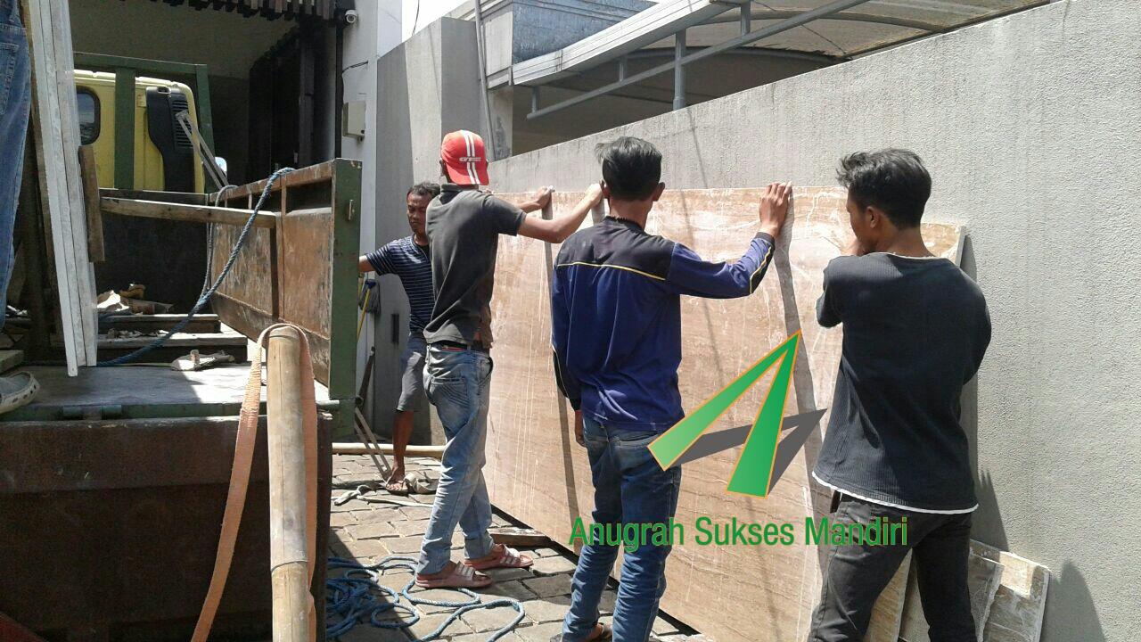 Pemasangan Lantai Granit di Bandung
