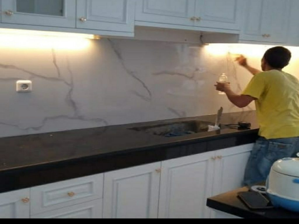Granit Nero India dan Compress Marmer